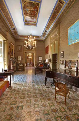 Italia, Sicily/Sizilien, Palermo, Palazzo Federico, music room, HDR BILD