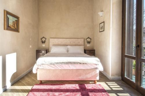 N°1 - Bed