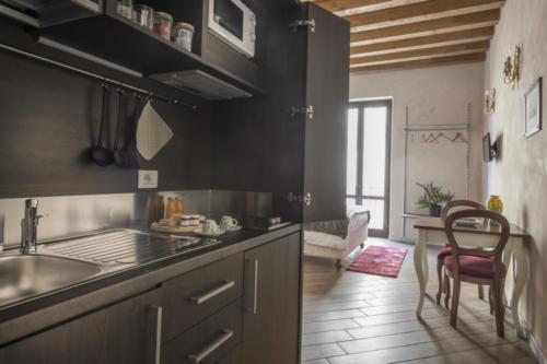 N°3 Kitchen