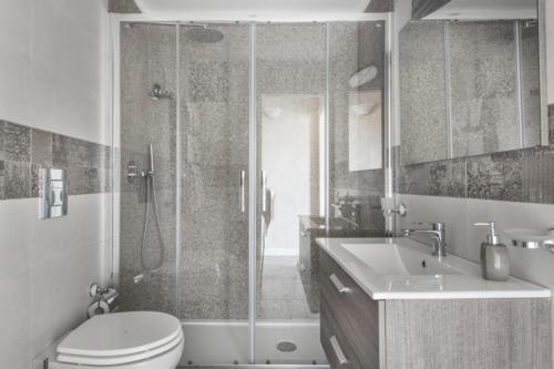N°5 - Bath