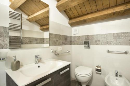 N°6 - Bathroom